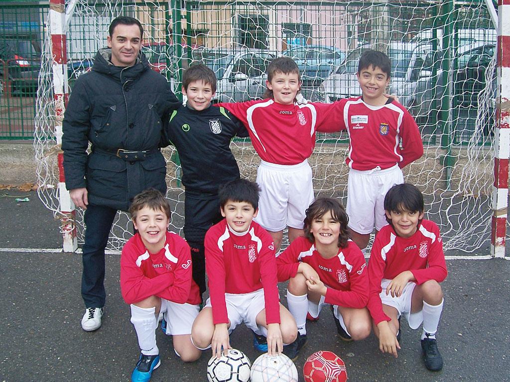 2010. Benjamín 2001 del Villegas campeón del Torneo Villegas.