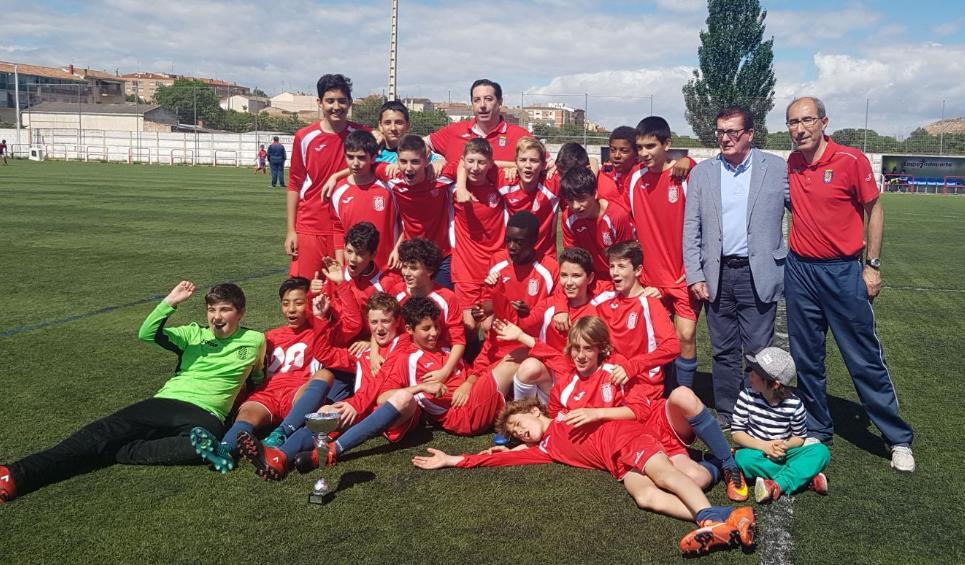 Infantil 2004 Campeon liga 16-17 a