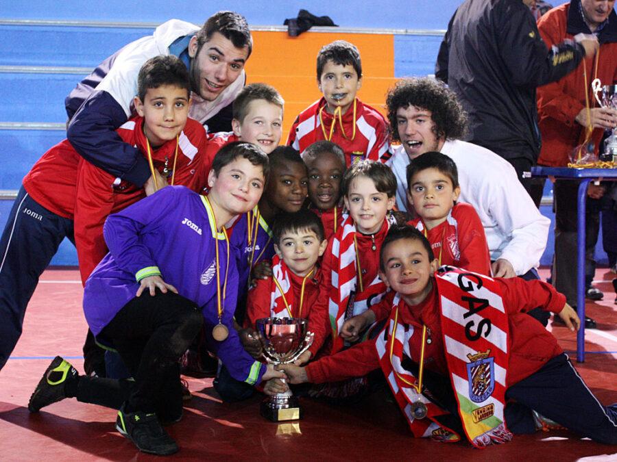 2012-13. Benjamín 2005 Del CD Villegas. Subcampeón Del Torneo Cantabria (abril 2013).