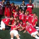 El CD Villegas A con su trofeo de Campeón
